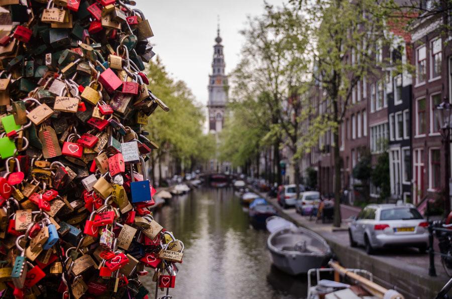 Love locks on Groenburgwal, Amsterdam, Netherlands