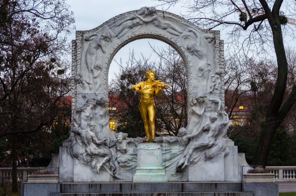 Strauss monument, Vienna