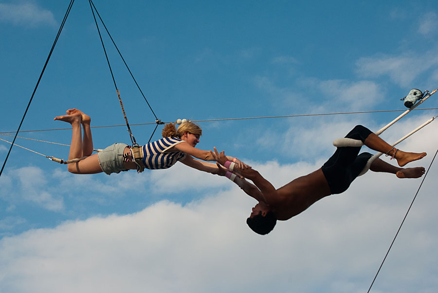 Flying on the trapeze, Cancun