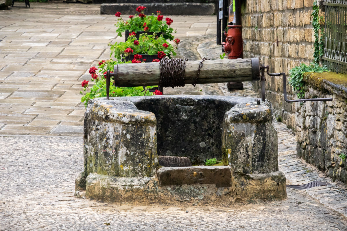 Saint-Amand-de-Coly, Dordogne, France