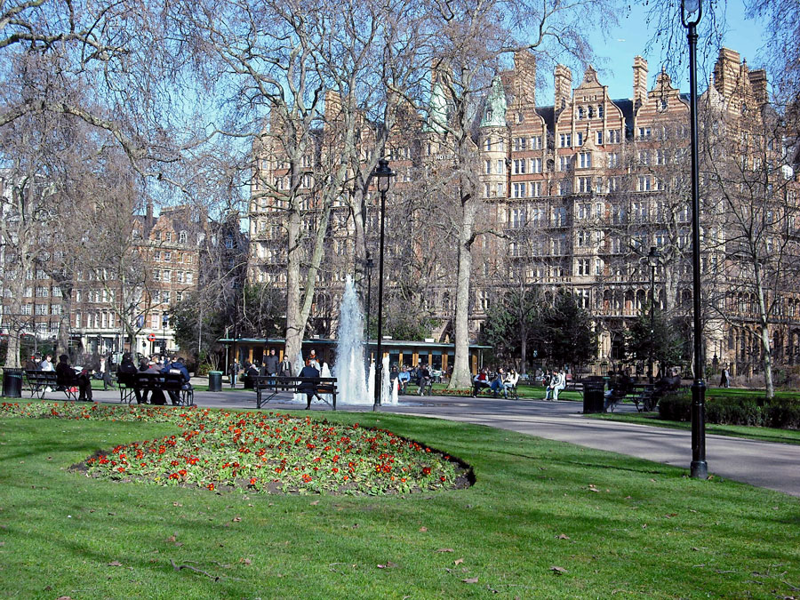 russel square london