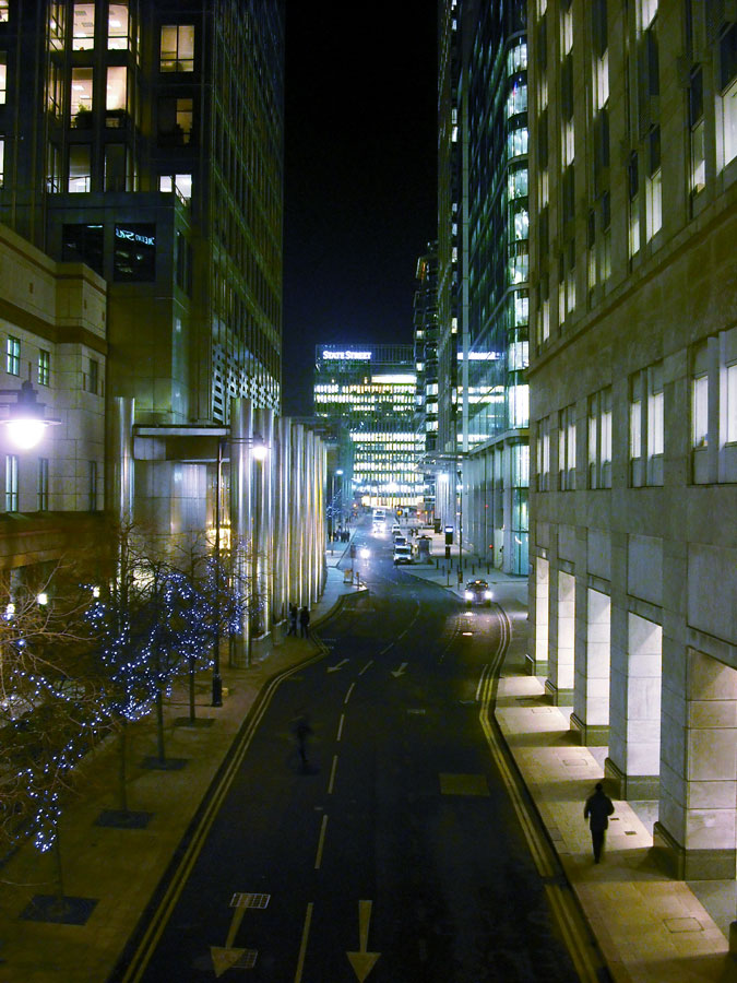 Canary Wharf South Colonnade at night