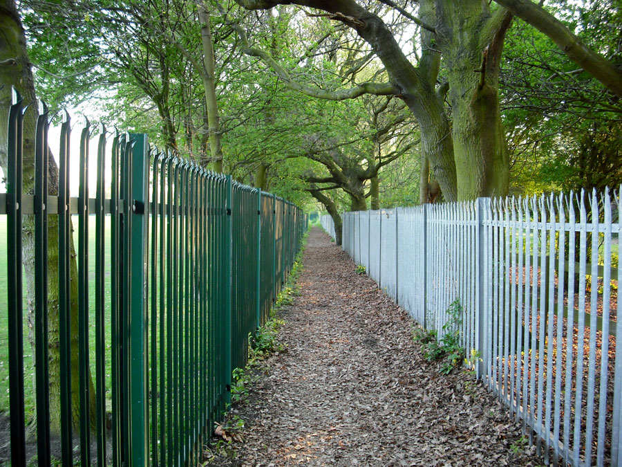 A stretch of the Green Chain Walk, Southeast London