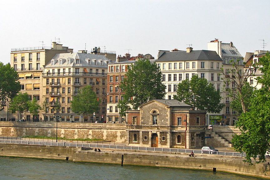 Quai des Celestins, seen from Pont de Sully, Paris