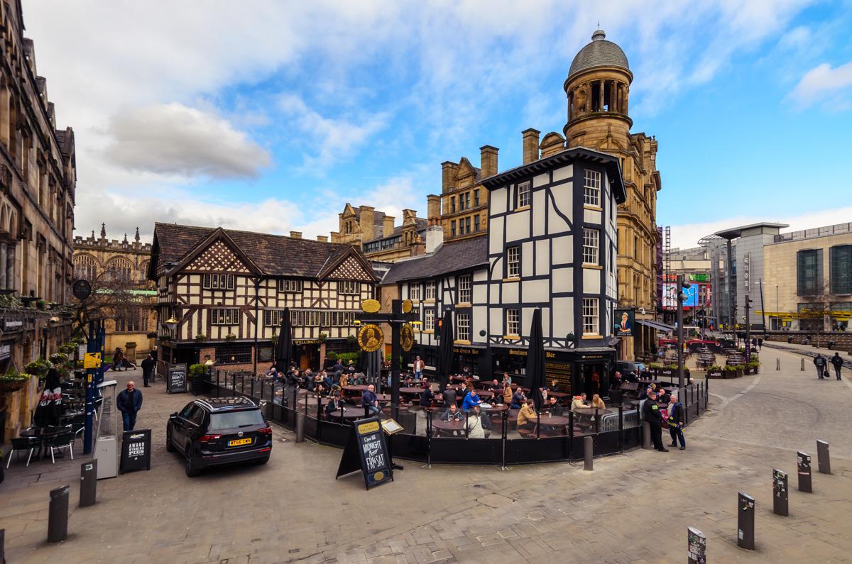 A brief look at Manchester, England – Burlaki.com