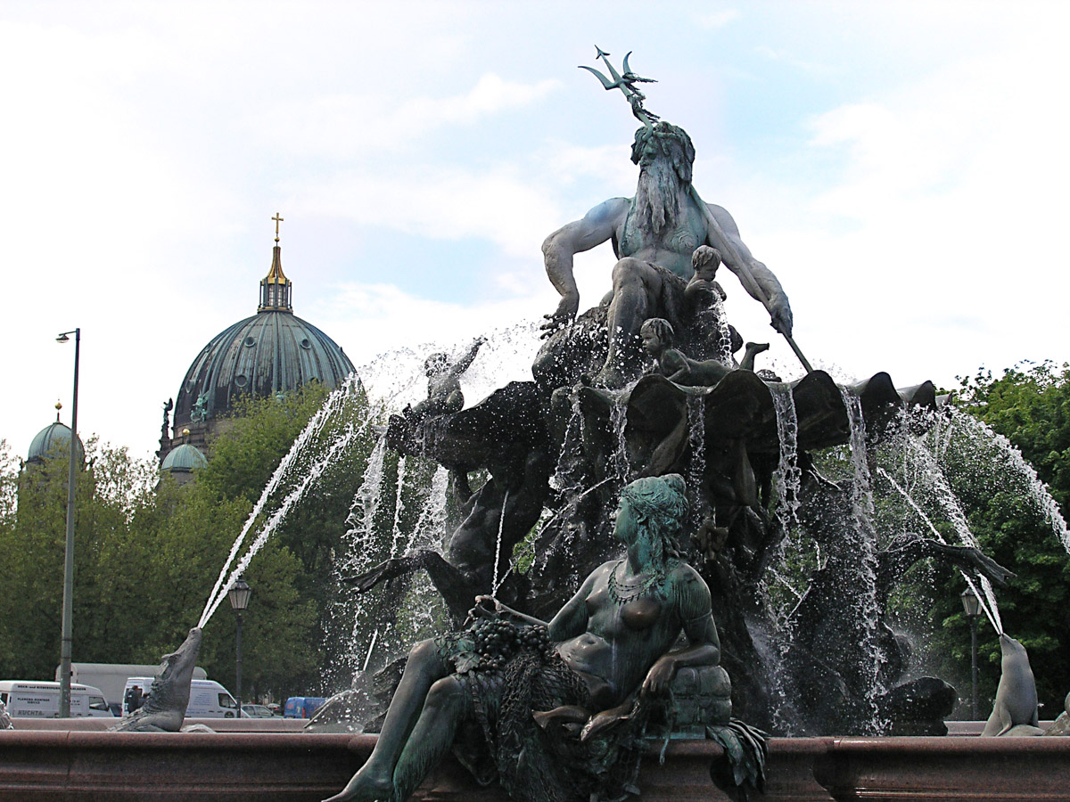 Neptune Fountain and Berlin Cathedral